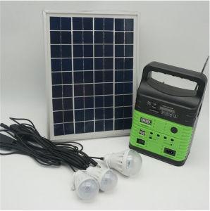 2018 Casa Solar portátil de 10 W de luz de la luz de paneles solares con radio FM con 3pcs Lámpara Solar