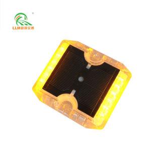 LED Single-Side 6*115*105*18mm/Auto-estrada Expressway Prisioneiro Estrada Solar de plástico de segurança