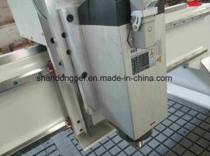 アルミニウム断裁のためのアルミニウムクランプ表CNCのルーター