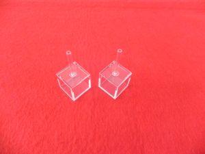 管20X20X20mmが付いているカスタム立方ガラスキュヴェット