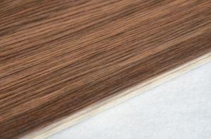De houten Donkere Bruine Lei van de Kleur oriënteert de Ceramische Tegel van de Vloer