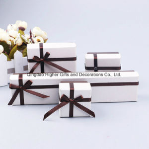 مصنع بالجملة [هيغقوليتي] [بستببر] غطاء وقاعدة مجوهرات هبة يعبّئ صندوق