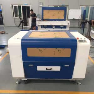 100W를 가진 이산화탄소 CNC Laser 조각 절단기