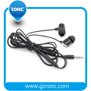 Trasduttore auricolare stereo unico di ultimo modo con il microfono