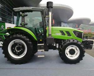 さまざまな耕作オプションのためにカスタマイズされる150HP 4車輪駆動機構のトラクター