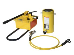 Légère pression de la pompe hydraulique