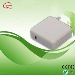Apple新しいMacBookのための61W USB-C力のアダプターの速い充満充電器