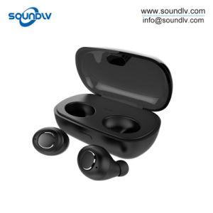 小型スポーツは無線bluetoothのヘッドセットのヘッドホーンの耳の芽のイヤホーンを調整する