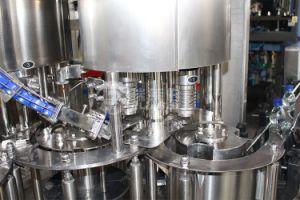 Máquina de engarrafamento de água gaseificada / máquina de enchimento de Bebidas carbonatadas