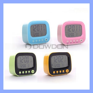 3 in 1 französischem Fernsehapparat Table Clock Alarm Clock mit Night Light+ Calendar+Thermometer (CLOCK-001)