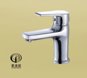 真鍮ボディ亜鉛ハンドルの単一のレバーのシャワーのミキサー68114