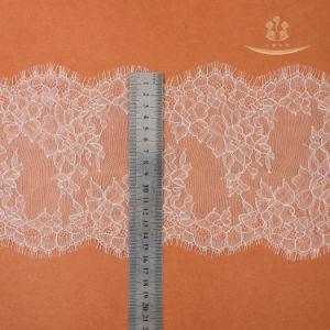 Tejer encajes/tejer la urdimbre de vestir de los materiales al por mayor de Spot de pestañas negra de encaje marginal