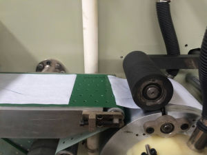 Coperchio di sede tagliante di carta a gettare della toletta che piega facendo macchina