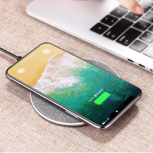 Qi 7.5W 10W de carga inalámbrica Fast Pad Teléfono móvil cargador para iPhone y Samsung