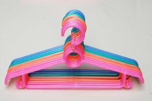 Modelagem por injeção plástica de gancho de roupa da multi cavidade