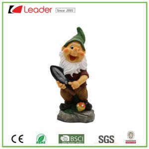 Het mooie Standbeeld Van uitstekende kwaliteit van de Gnoom van de Hars met een Schoffel voor de Ornamenten van de Tuin