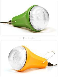 Amanecer mundial Portable Kits de iluminación solar 3W con control remoto para el hogar utilizando Sre-99G-1