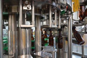 Bebidas de alta qualidade de Bebidas Carbonatadas Cerveja pode encher a máquina
