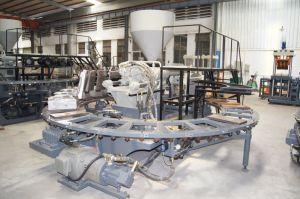 Автоматический поворотный ПВХ машины литьевого формования опорной части юбки поршня