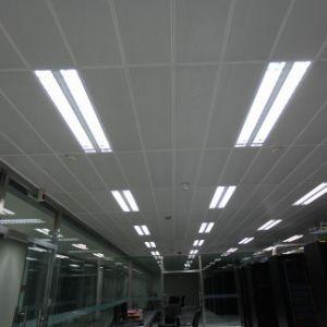 Plafond encastré en aluminium avec motif perforé pour décoration d'intérieur