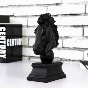 Het zwarte Europese Beeldhouwwerk van het Hoofd van het Paard van Polyresin van de Stijl voor de Decoratie van de Zaal