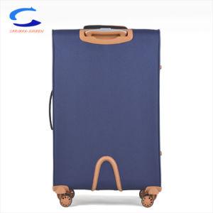 China OEM ODM Azul 28'' Peso superligero Aeropuerto Softside Nylon rueda de giro llevar Maleta Trolley de viaje equipaje