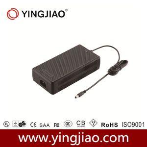 150W Adaptador de alimentación de conmutación universal con CE UL
