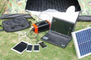 Off-système de grille Générateur solaire portable Batterie au lithium Powerstation solaire 300W