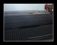 未処理の標準サイズの鋼鉄格子