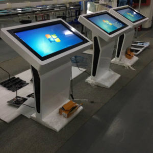 Yashi Kiosk van de Tablet van het Scherm van de Aanraking van de Tribune van de Vloer van 43 Duim de Androïde