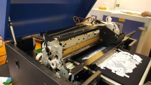 Shirt-Drucken-Maschine der Größen-A3 auf Drucker Baumwollgewebe-Asien-DTG