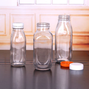 De Flessen van het Glas van het sap met Plastic Kappen 300ml 480ml 500ml