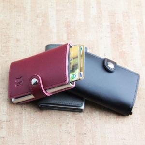 クレジットカードのホールダーのスマートなアルミニウム札入れを妨げる細いRFID