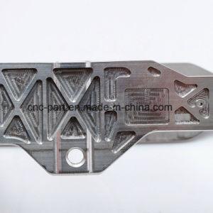 자동 엔진 부품을%s 맷돌로 가는 엿봄 CNC