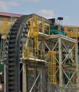 Fornitori ripidi verticali del nastro trasportatore della parete laterale di angolo