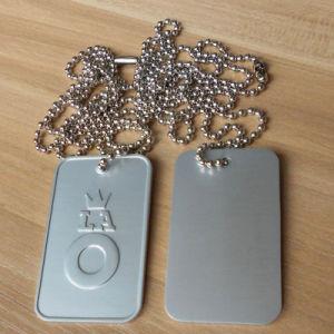3D Matt Silver Crown e Letters Dog Tag con Ball Chain Necklace