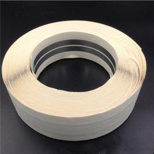 アルミニウムから成っているかどがねテープ