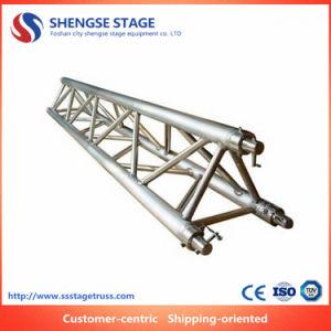 De Uitstekende kwaliteit van de Tentoonstelling van de Decoratie van het Huwelijk van de Bundel van het Aluminium van Traingle van de Fabriek van Foshan