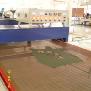 Macchina dell'essiccatore del trasportatore di trattamento termico con la cinghia di larghezza di 85cm
