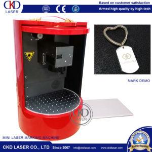 La seguridad de la Junta Mini máquina de marcado láser mantener del polvo