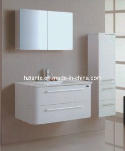 Nuevo diseño de PVC blanco de cuarto de baño (LT-A8122)