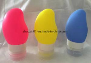 Vaciar el mango de silicona con forma de viajar de prensa de embalaje para la botella de champú de loción de baño