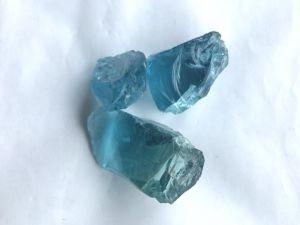 Color azul profundo grandes piedras de cristal
