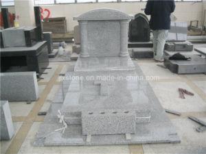 G603 het Lichtgrijze Christelijke Monument van het Graniet