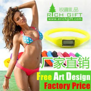 Braccialetto personalizzato poco costoso all'ingrosso dell'azionamento dell'istantaneo del USB del silicone di marchio della fabbrica