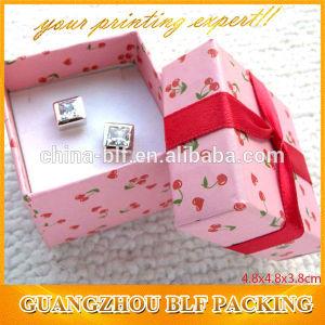 Подарочные коробки бумаги для украшения