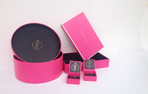 L'emballage rigide papier cosmétiques ronde du vérin de boîte de dialogue personnalisée de cadeaux pour les cosmétiques ou de l'emballage de luxe