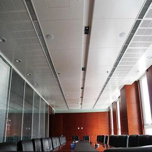Panneau perforé de plafond en aluminium suspendu par matériau en métal de décoration avec le prix usine