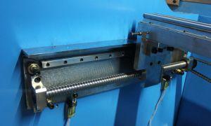 Macchina piegatubi idraulica Wc67y-250/5000 di CNC