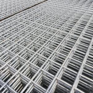熱い電流を通すこと溶接された金網のパネル